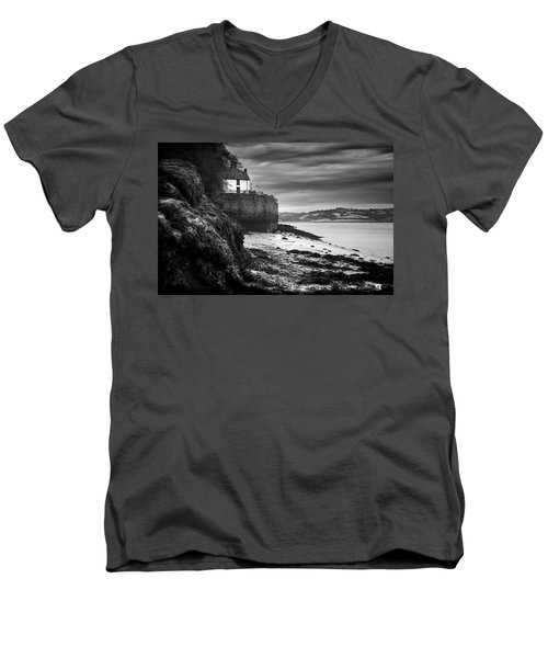 Dylan Thomas Boathouse 5 Men's V-Neck T-Shirt