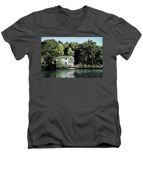 Leacock Boathouse Men's V-Neck T-Shirt