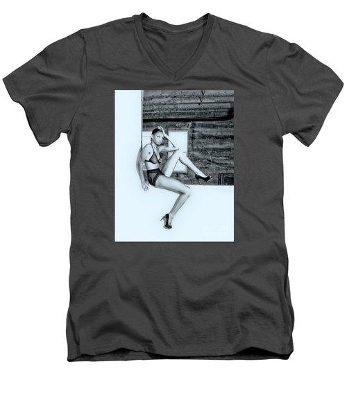 Legs IIi Men's V-Neck T-Shirt