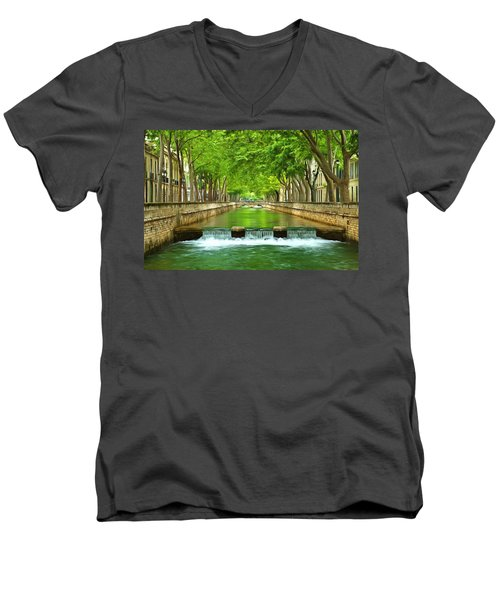 Les Quais De La Fontaine Nimes Men's V-Neck T-Shirt