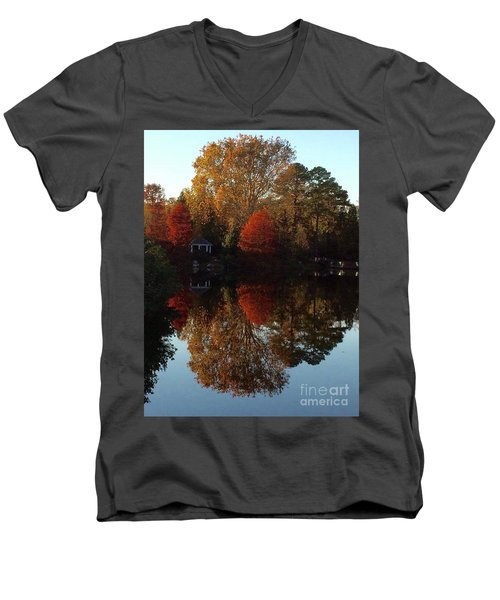 Lewis Ginter Fall Foliage Men's V-Neck T-Shirt