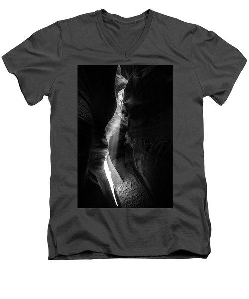 Light Shaft In Lower Antelope Canyon Men's V-Neck T-Shirt