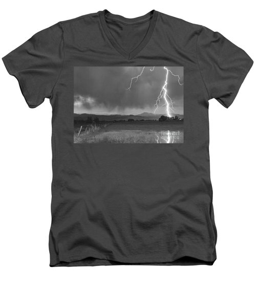 Lightning Striking Longs Peak Foothills 5bw Men's V-Neck T-Shirt
