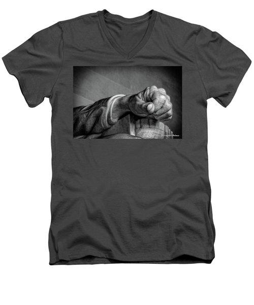 Lincoln's Left Hand B-w Men's V-Neck T-Shirt