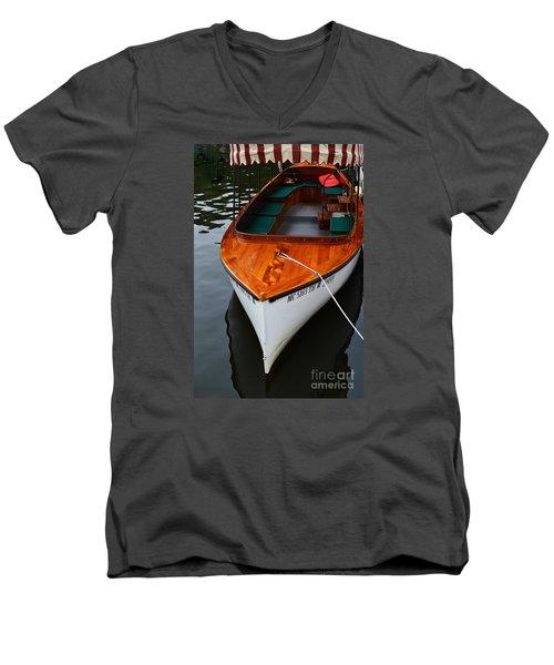 Lindy Lou Wood Boat Men's V-Neck T-Shirt