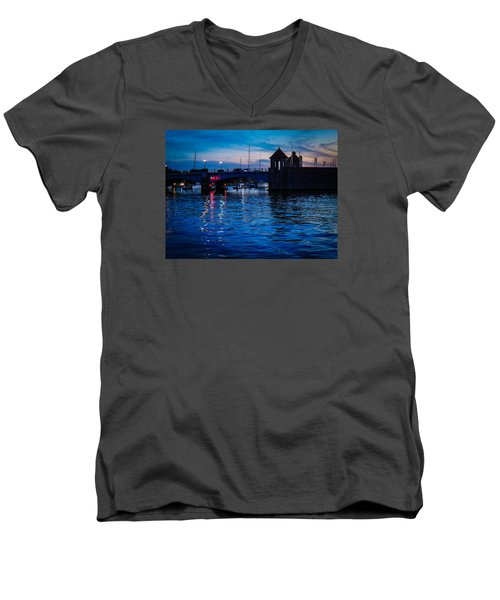 Liquid Sunset Men's V-Neck T-Shirt by Glenn Feron