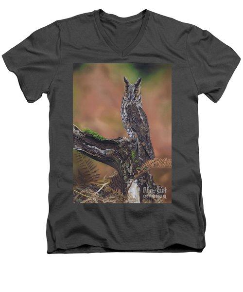 Listening In Men's V-Neck T-Shirt