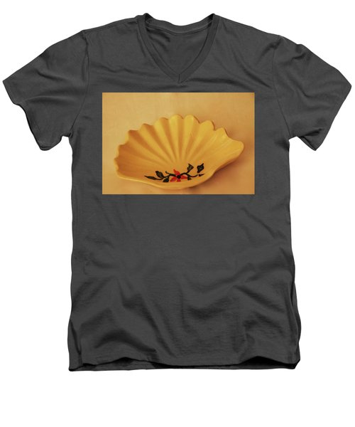 Little Shell Plate Men's V-Neck T-Shirt by Itzhak Richter