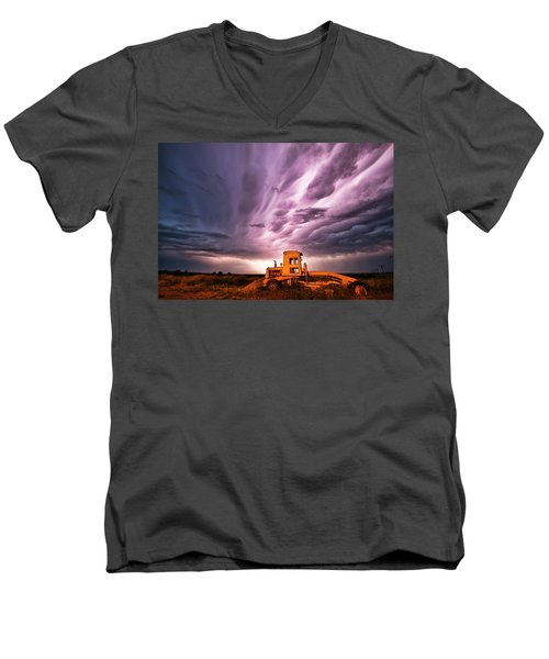 Living Sky In Nebraska Men's V-Neck T-Shirt