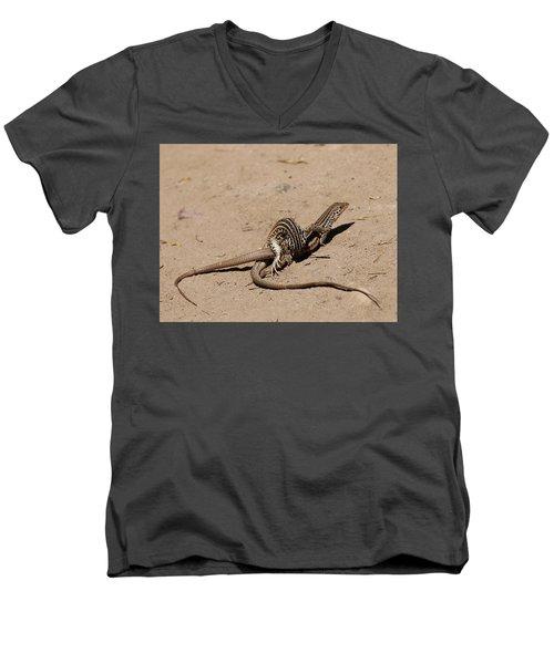 Lizard Love Men's V-Neck T-Shirt