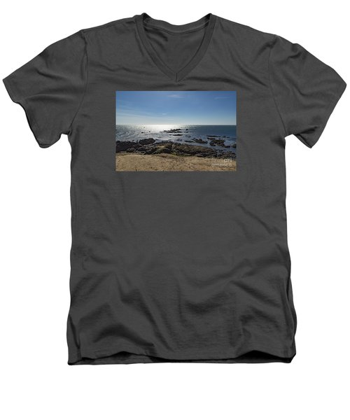 Lizard Point Cornwall Men's V-Neck T-Shirt