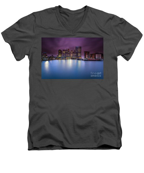 London Canary Wharf Men's V-Neck T-Shirt