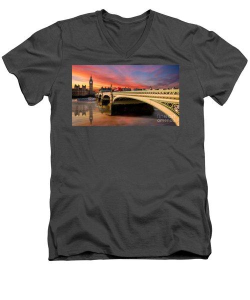 London Sunset Men's V-Neck T-Shirt