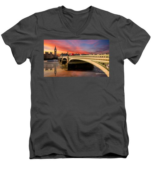 London Sunset Men's V-Neck T-Shirt