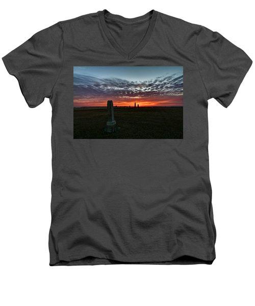 Lonely Sunset Men's V-Neck T-Shirt