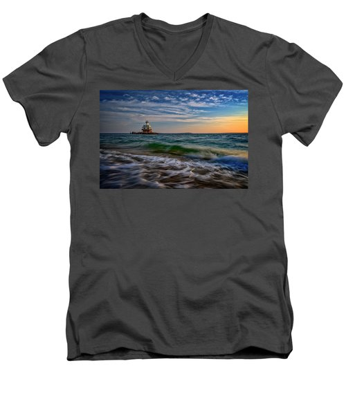 Long Beach Bar Lighthouse Men's V-Neck T-Shirt