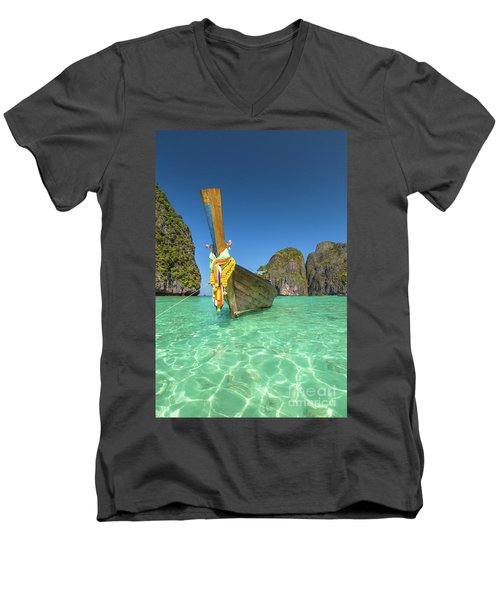 Long Tail Bot Men's V-Neck T-Shirt