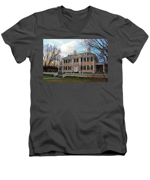 Longfellow House At Sunset Men's V-Neck T-Shirt