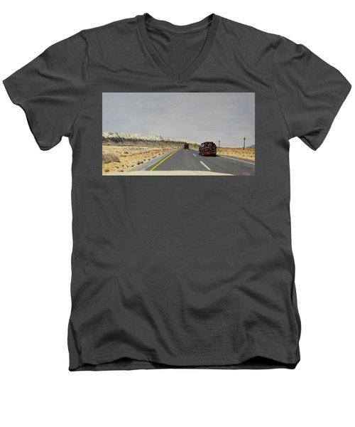 Look For America Men's V-Neck T-Shirt