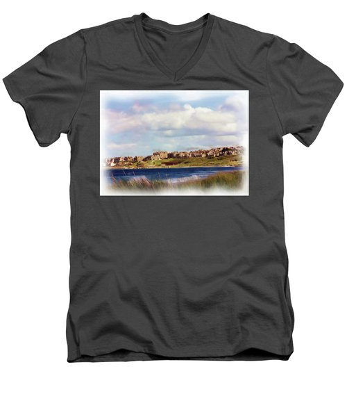 Lossiemouth Bay Men's V-Neck T-Shirt