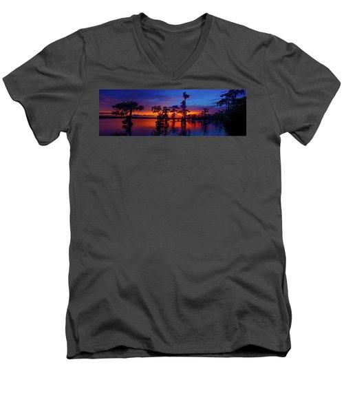 Louisiana Blue Salute Reprise Men's V-Neck T-Shirt