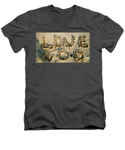 Love God Men's V-Neck T-Shirt