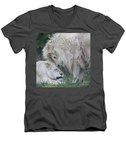 Love Lions Men's V-Neck T-Shirt