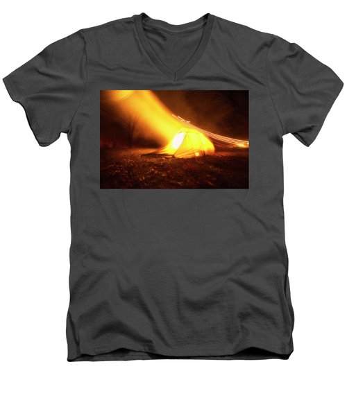 Starship Men's V-Neck T-Shirt