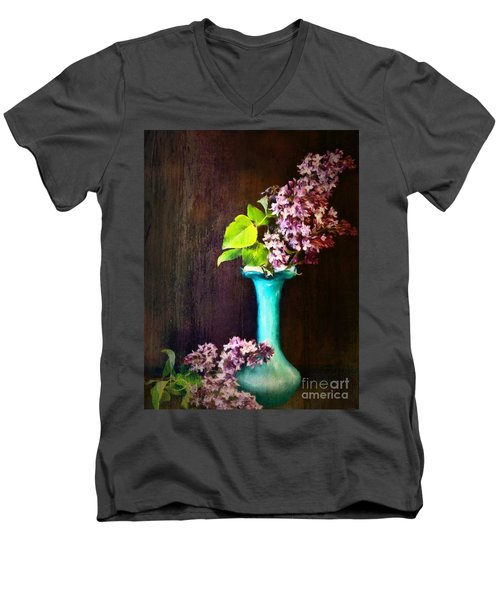 Lovely Lilacs Men's V-Neck T-Shirt