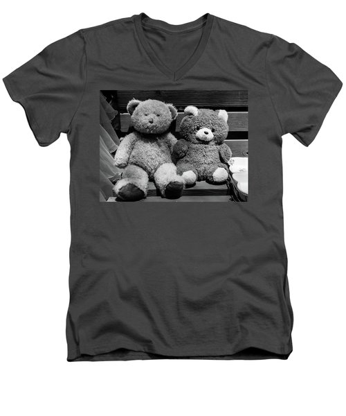 Lovers II Men's V-Neck T-Shirt