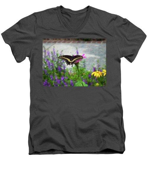 Loving Summer Men's V-Neck T-Shirt