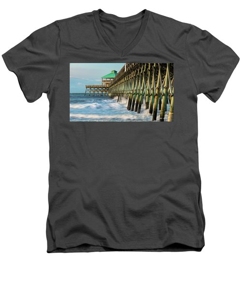 Low Country Landmark Men's V-Neck T-Shirt