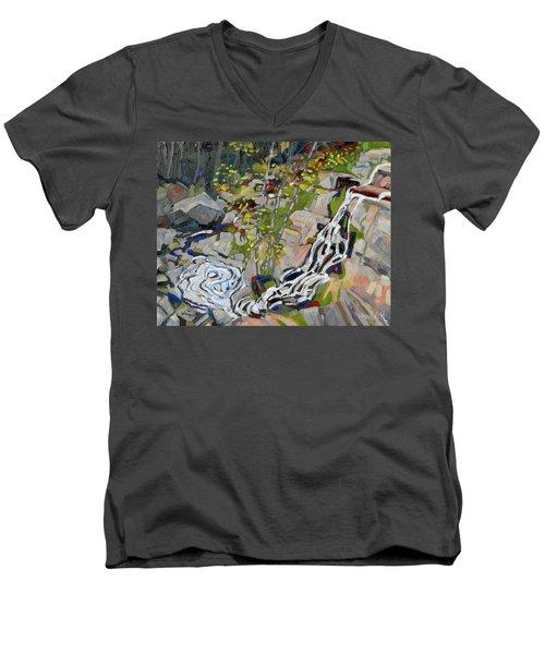 Lyn Hairpin Men's V-Neck T-Shirt