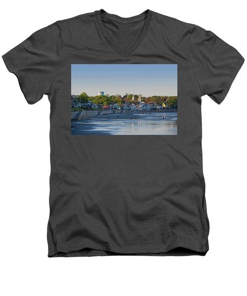 Lynn Waterfront Swampscott Water Tower Lynn Ma Men's V-Neck T-Shirt
