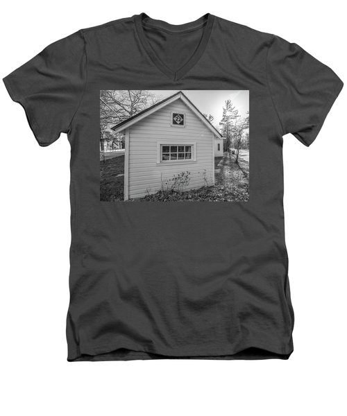 M22 Shed Men's V-Neck T-Shirt