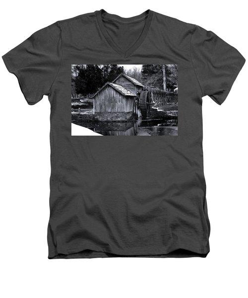 Mabry Mill Bw Light Snow Men's V-Neck T-Shirt