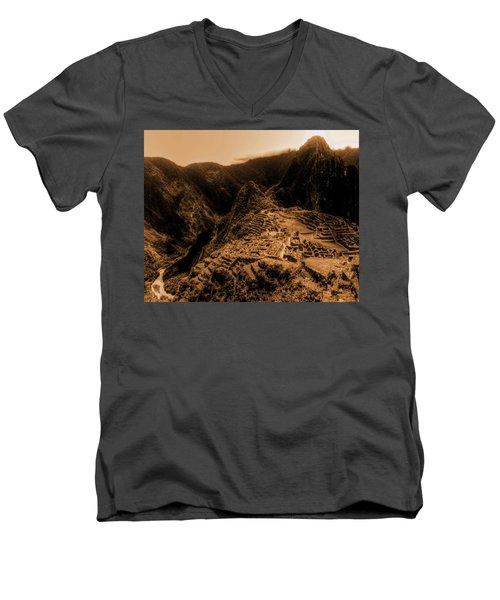 Machu Pichu Men's V-Neck T-Shirt