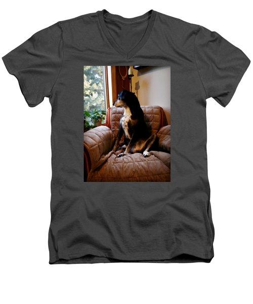 Maggie's Spot Men's V-Neck T-Shirt