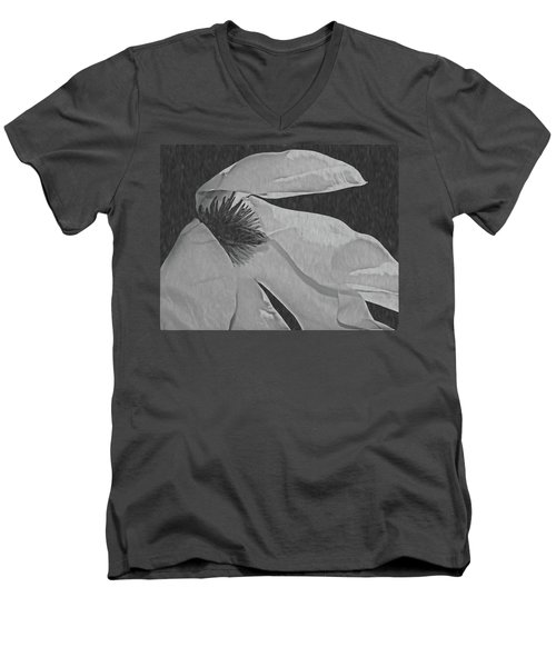 Magnolia In Black And White Men's V-Neck T-Shirt