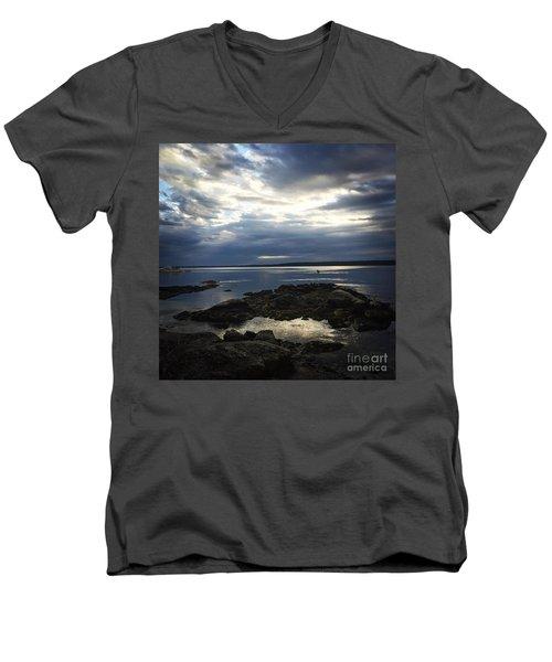 Maine Drama Men's V-Neck T-Shirt