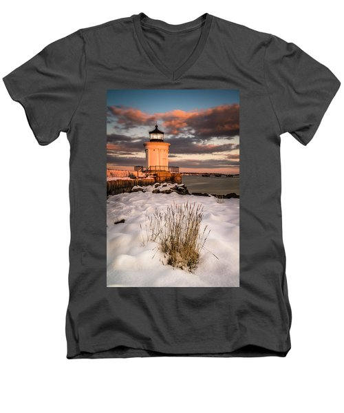 Maine Portland Bug Light Lighthouse Sunset  Men's V-Neck T-Shirt