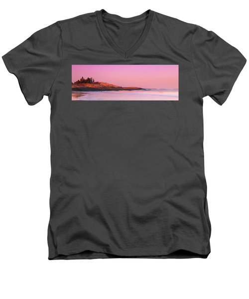 Maine Sheepscot River Bay With Cuckolds Lighthouse Sunset Panorama Men's V-Neck T-Shirt