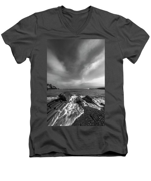 Maine Storm Clouds And Crashing Waves On Rocky Coast Men's V-Neck T-Shirt