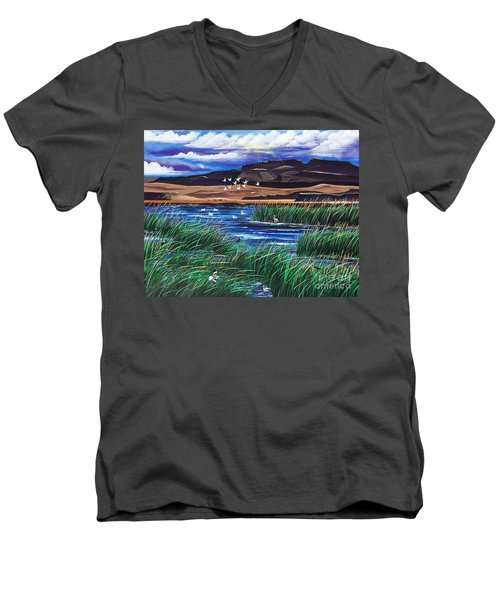 Malhuer Bird Refuge Men's V-Neck T-Shirt