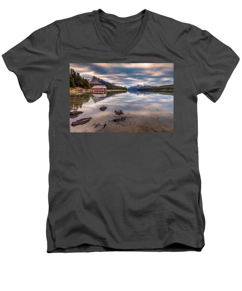 Maligne Lake Boat House Sunrise Men's V-Neck T-Shirt by Pierre Leclerc Photography