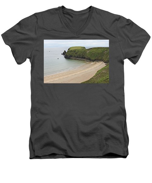 Malin Beg Men's V-Neck T-Shirt