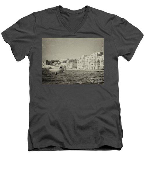 Maltese Boat Men's V-Neck T-Shirt