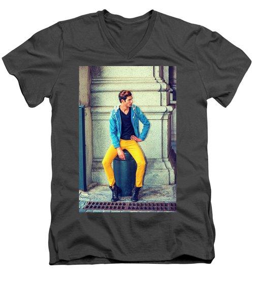 Man Street Fashion Men's V-Neck T-Shirt