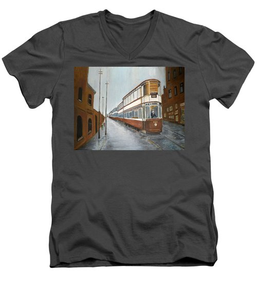 Manchester Piccadilly Tram Men's V-Neck T-Shirt