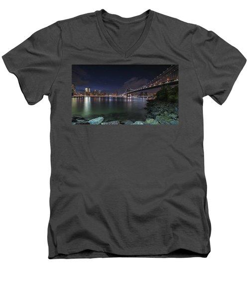 Manhattan Bridge Twinkles At Night Men's V-Neck T-Shirt